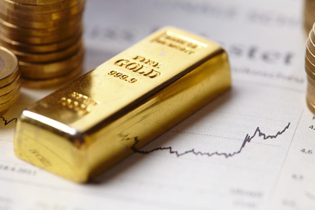 Harga Emas Antam hari Ini Kamis 2 September 2021 turun